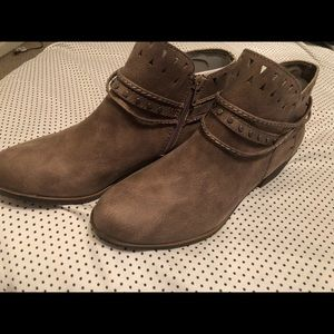Brown ankle boots by Sugar, Size 8 1/2